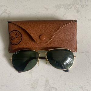 Ray Ban Classic Aviator sunglasses. Polarized. Small lens